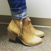 😍 #booties #anklebooties #style #shoes #boots #tassle #gstage #love #ootd